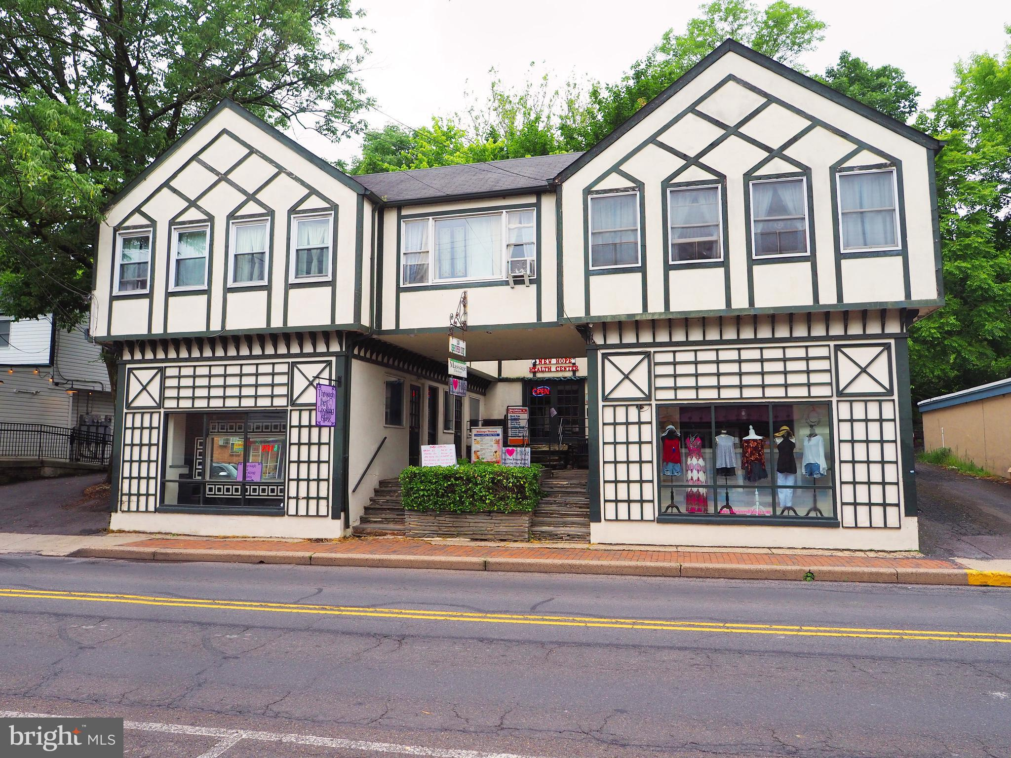 129 S MAIN STREET, NEW HOPE, PA 18938