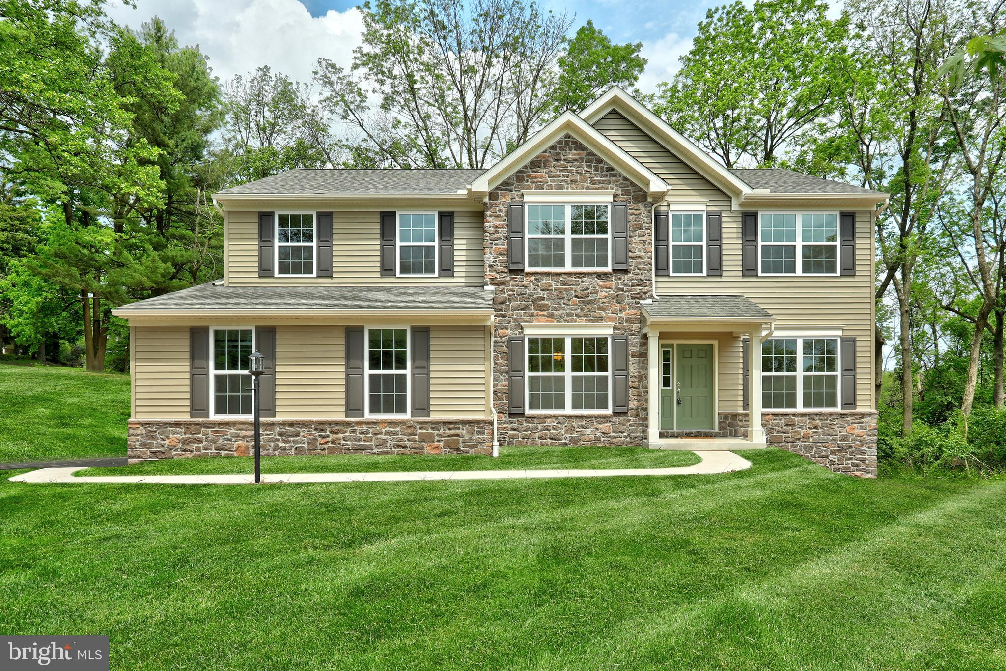 2580 WELSH ROAD, MOHNTON, PA 19540