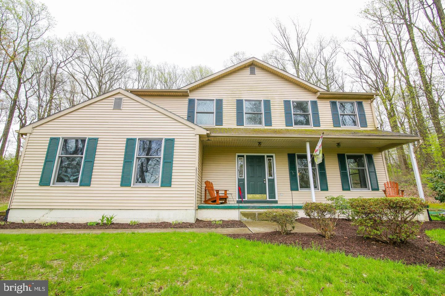 5882 LIMEPORT ROAD, EMMAUS, PA 18049