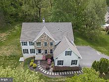 1052 GREEN GLEN DRIVE, GARNET VALLEY, PA 19061