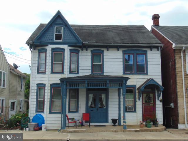 409 E MARKET STREET, MARIETTA, PA 17547