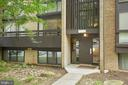 11560 Rolling Green Ct #100