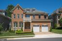 8420 Falcone Pointe Way