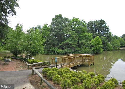 Photo of 7944 Central Park Cir