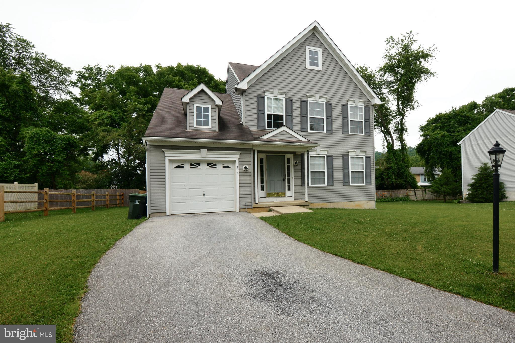 304 GARDEN VIEW DRIVE, THORNDALE, PA 19372