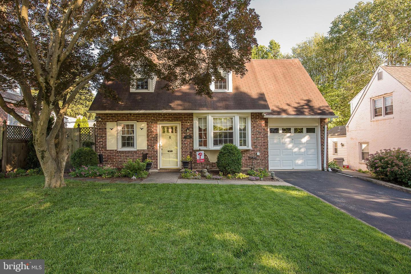 329 Ivy Rock Lane Havertown, PA 19083