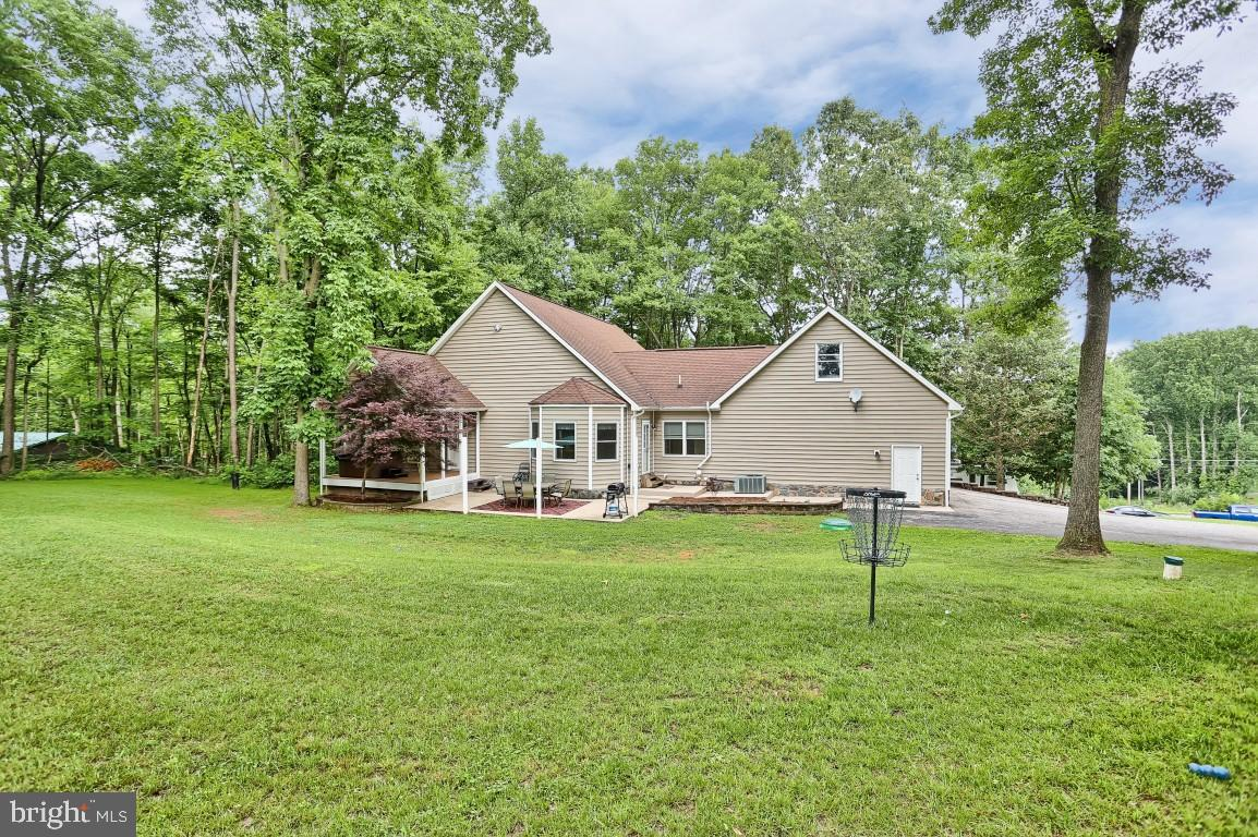 8165 WOODBINE ROAD, AIRVILLE, PA 17302