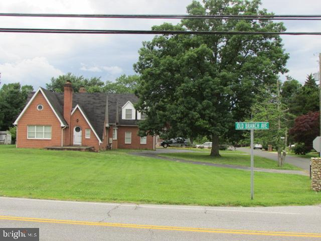8701 OLD BRANCH AVENUE, CLINTON, MD 20735