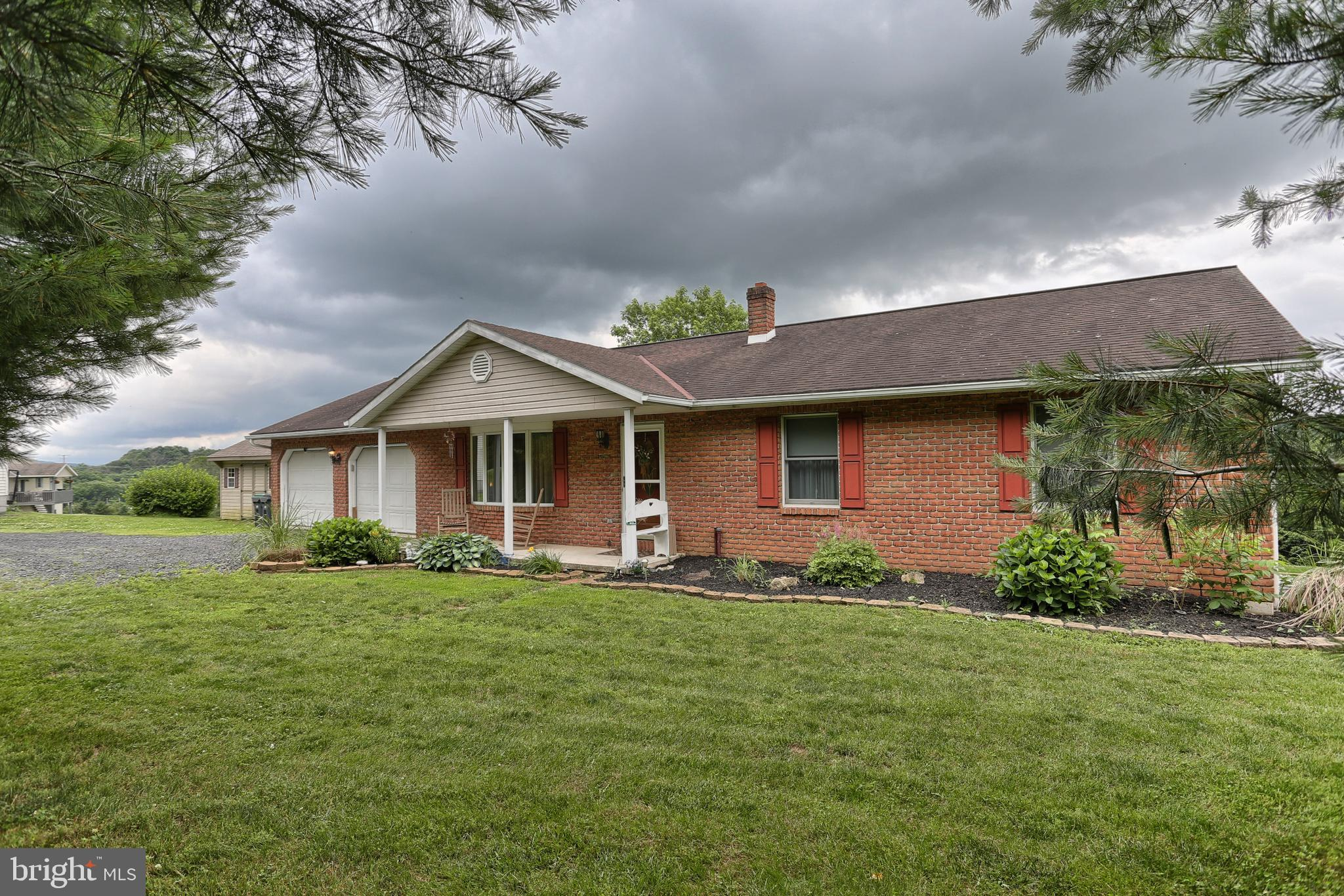 22 WOOD LAWN DRIVE, SCHUYLKILL HAVEN, PA 17972
