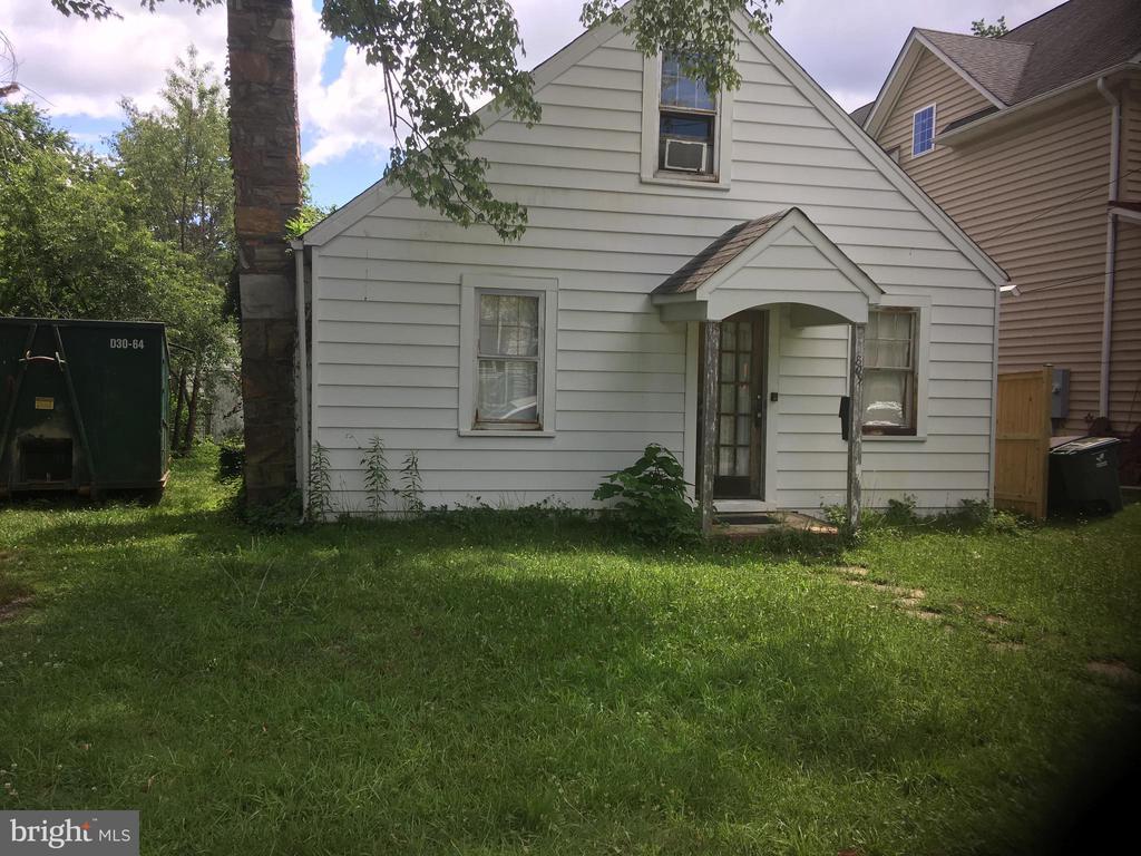 1809 N Tuckahoe St