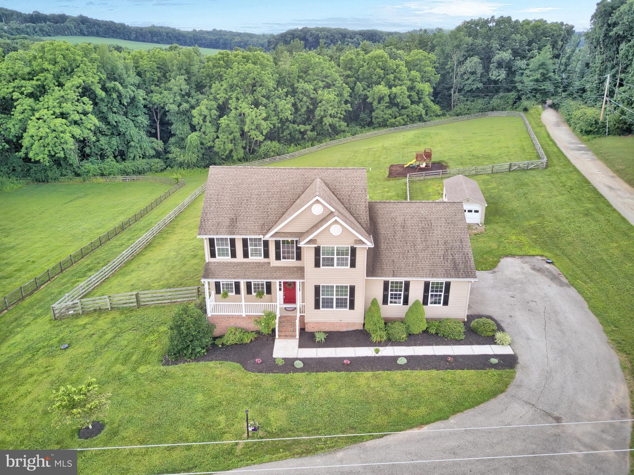 5119 BLUE HILL ROAD, GLENVILLE, PA 17329
