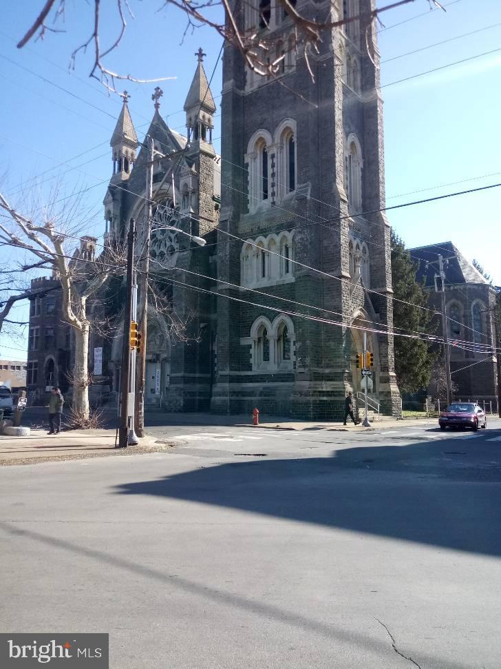 2401 N 8TH STREET, PHILADELPHIA, PA 19133