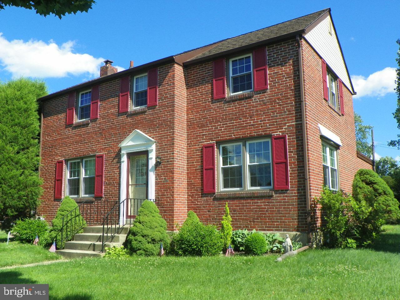 Hurry to see this move in condition all brick colonial home on a beautiful corner lot located in sought after Springfield Twp Delaware County. Featuring gleaming hardwoods, newer 5 burner gas range and convection oven, energy efficient double hung replacement windows, Trane gas heat & central air (2015), 40 gal gas hot water heater (2018), 3 spacious bedrooms with hardwood flooring & ceiling fans, full basement for all our storage needs, rear patio and good yard space to enjoy summer fun and relaxation. Located in the award winning Springfield School District, convenient to grocery & convenience stores and a wide variety of shopping and dining experiences. Just minutes to Rt 476, within 30 minutes to Philadelphia. Your going to love living here. Take a look then take action.