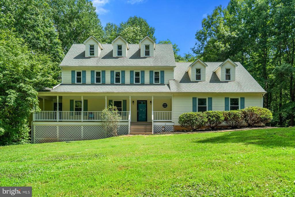 5861  RIDGECREST AVENUE, Warrenton, Virginia