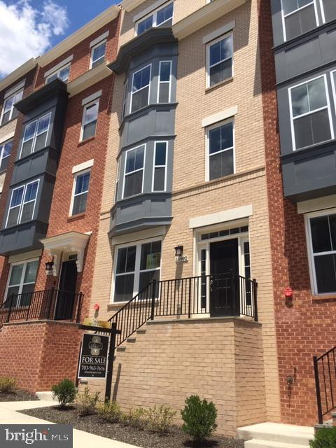 11688 SUNRISE SQUARE PLACE 14, RESTON, VA 20191