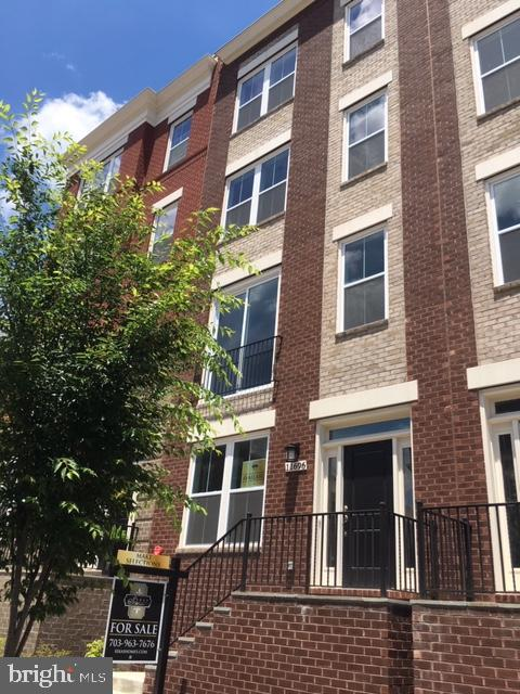 11696 SUNRISE SQUARE PLACE 18, RESTON, VA 20191