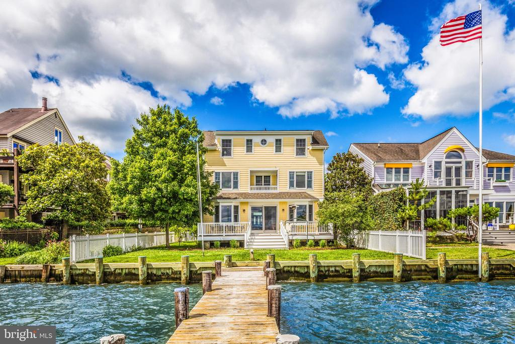 One can have the best of waterfront living in an urban setting.  A remarkable location in the heart of the Eastport maritime district.  The perfect vantage point to have best view of the many sailboat races, sunrises, fireworks on 4th of July and New Year's Eve and best place to watch the Blue Angels.  Walking distance to downtown Annapolis, Naval Academy and local Eastport restaurants.  Seasonal water taxi will do pick up and drop offs at the private pier.   This house was custom built for the current owners in 2007 with design focused on capturing maximum water views.  3 levels with sweeping views of The Severn and Bay.  Main level has a bedroom that can be used for an  office or study with adjoining full bathroom.  Elevator, sprinkler system, wood floors, gas fireplace.  Natural gas lines run into the house for the stove and heating.  New bulkhead on the waterfront.  This is a special place to enjoy urban living but also having the focus on all that waterfront living offers.