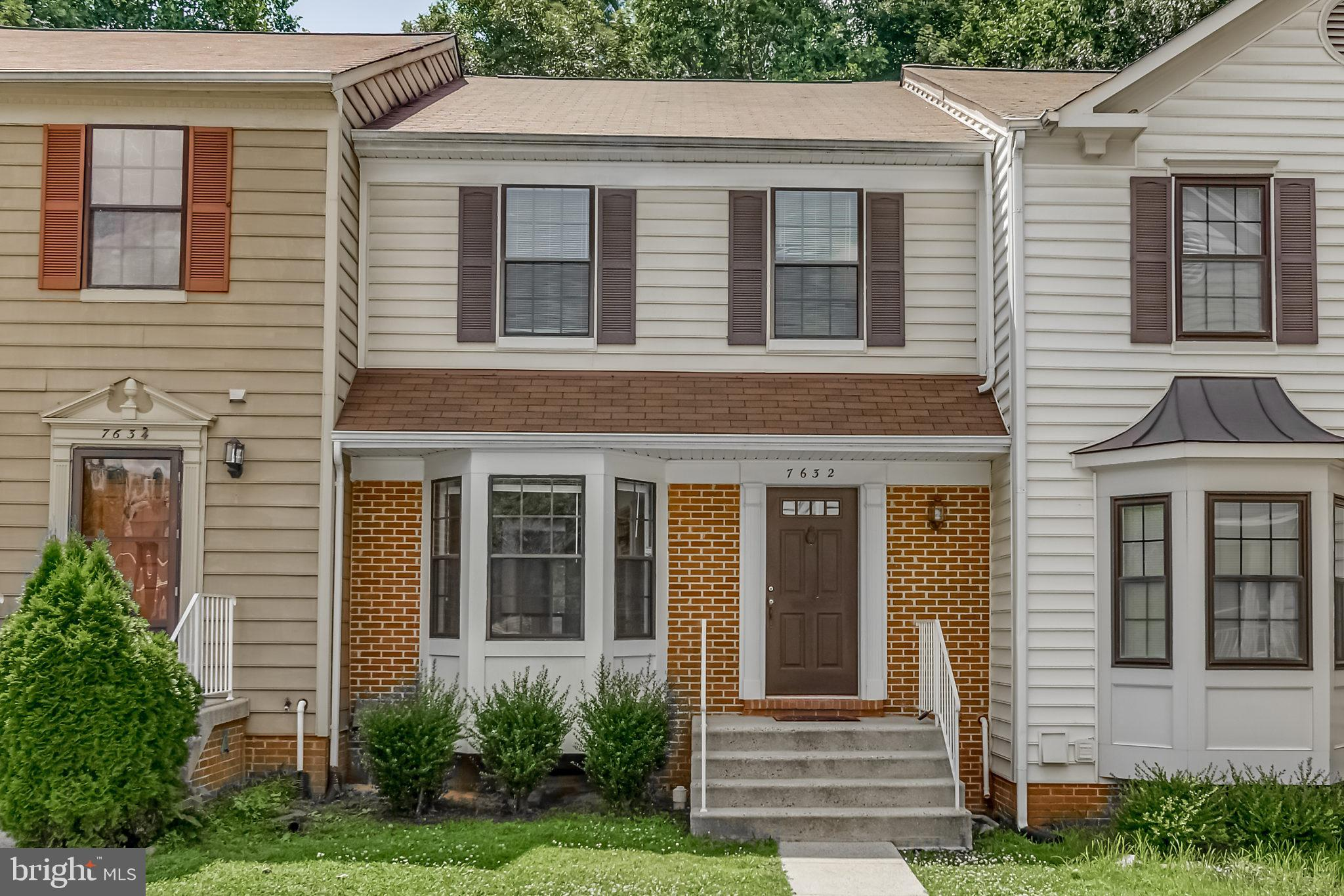 **6/22- Just installed new carpets & fresh paint throughout!**       Light, Bright & Open - 3 level Townhome with fenced in rear backyard & walkout patio from Kitchen.   Master suite with double vanity & soaking tub. Large lower level rec room with functional wood burning fireplace.  This property is ready for a buyer who wants to make it their own!