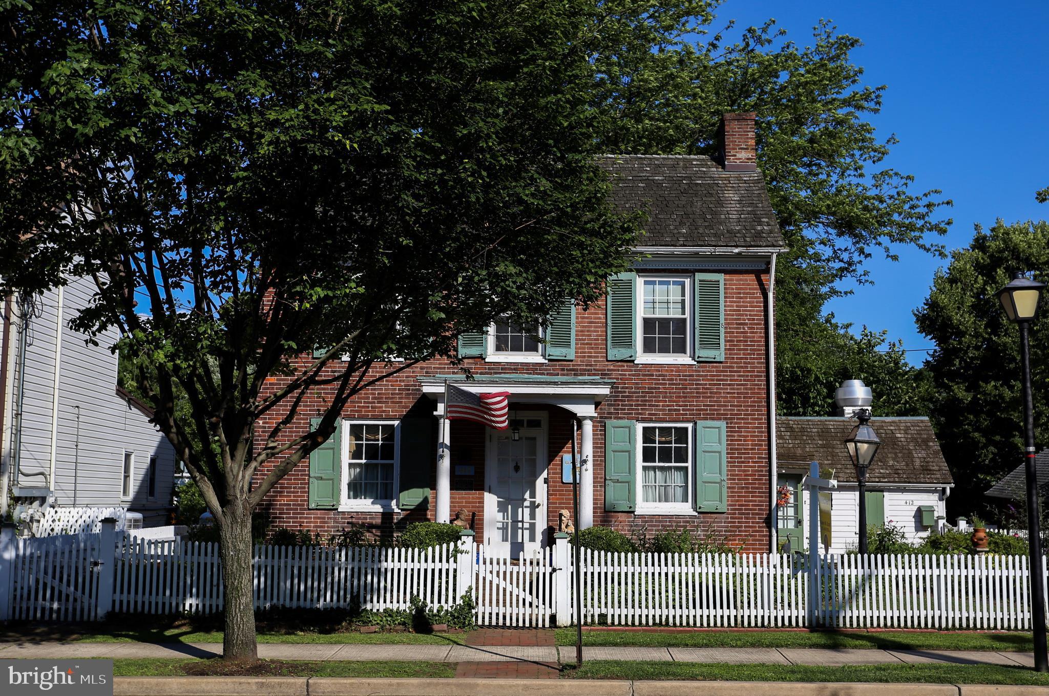 412 MAIN STREET, BRISTOL, PA 19007