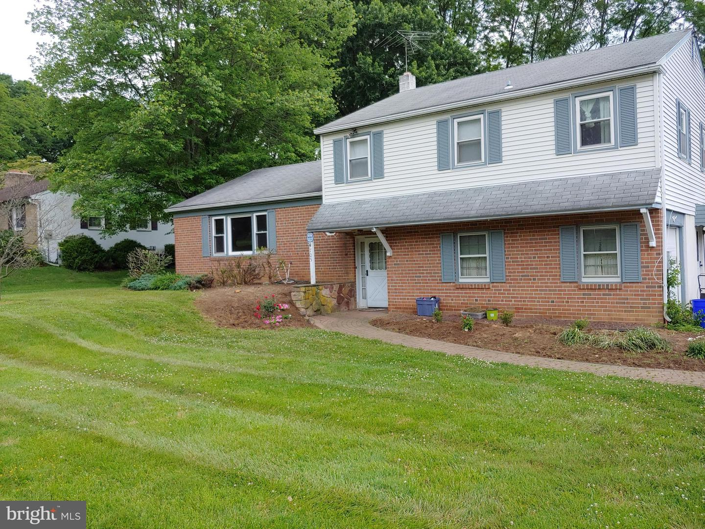 705 Falcon Lane West Chester , PA 19382