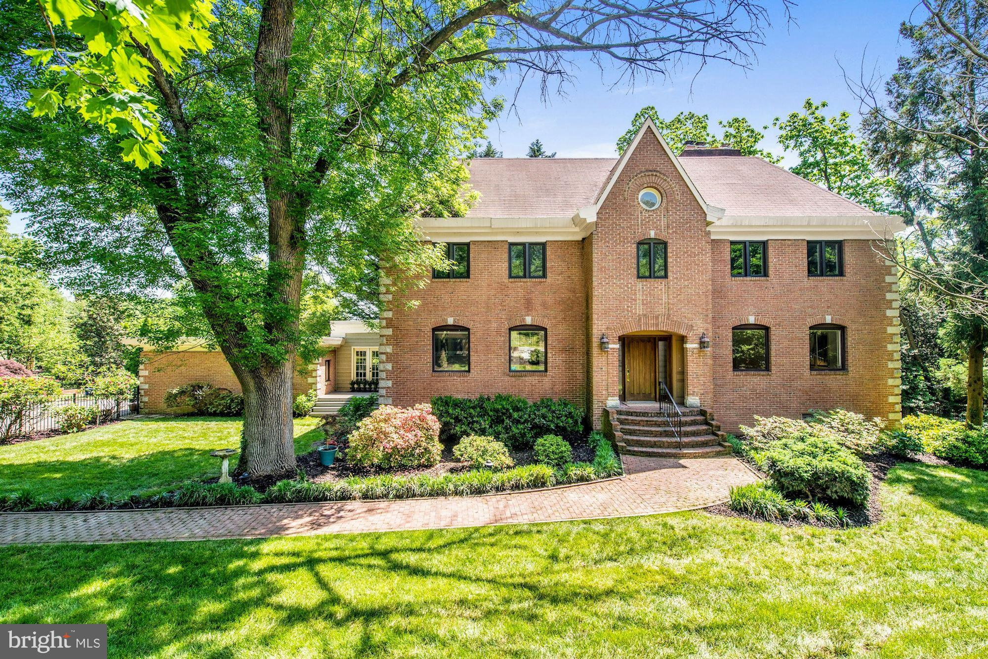 Fabulous brick colonial on nearly half-acre corner lot gated with lush landscaping and circular driveway. Over 5,000 SF of refined living space w/ 5 BR, 4.5 BA, 5 Fireplaces, hardwood floors, high-end appliances, granite kitchen, Master Suite w/ 2-way fireplace, skylight; 2-car garage, finished walk-out lower level, and more! *First photo is rendering with center window added* Convenient location inside the Beltway just moments to King Street, Metro, and Old Town!