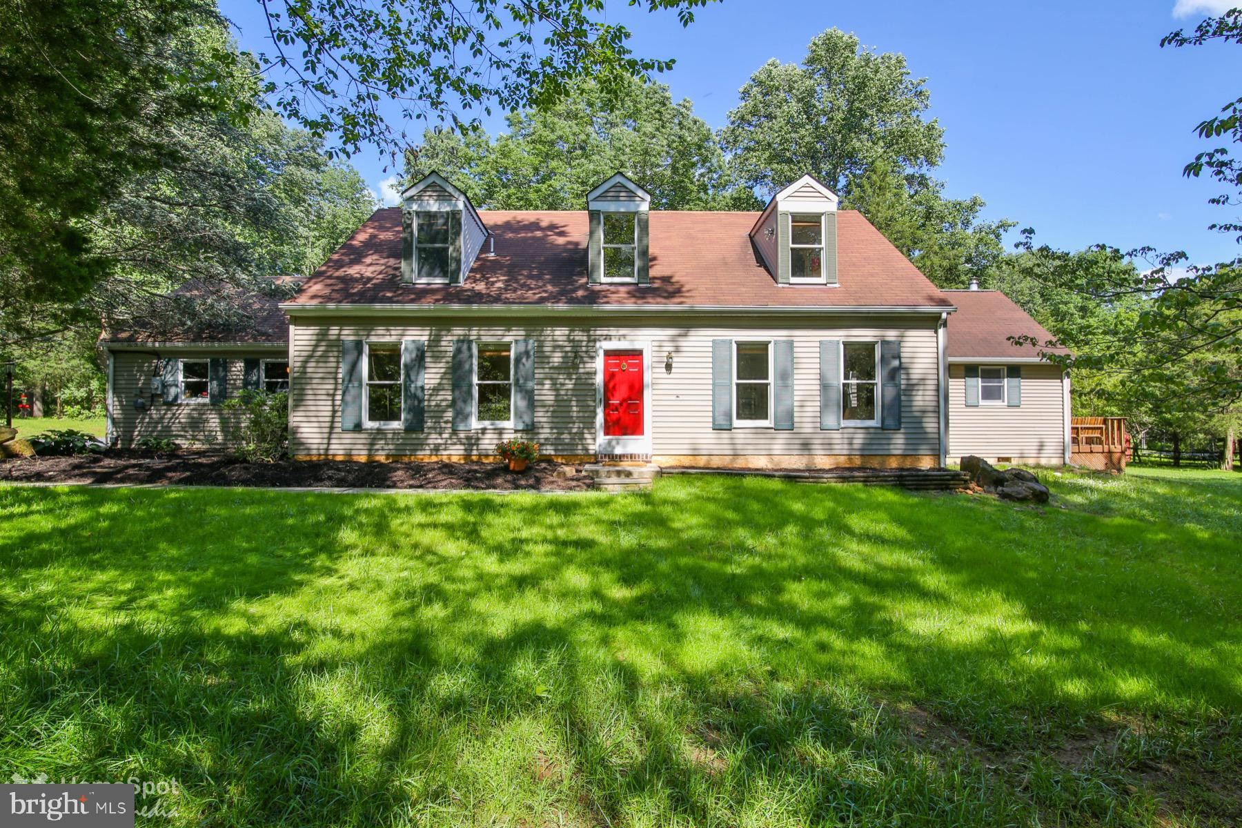 1236 WOODCOCK LANE, KINTNERSVILLE, PA 18930