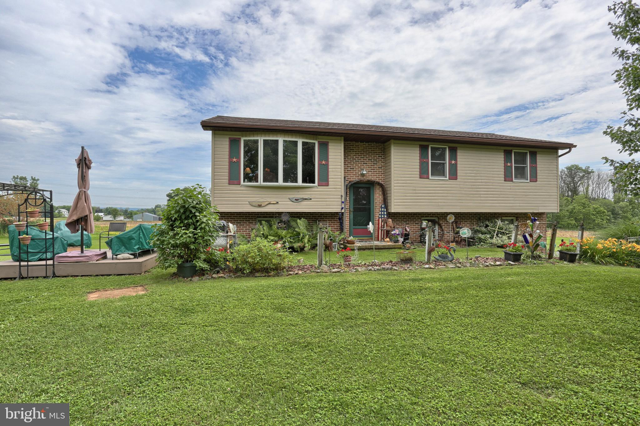 56 DECK ROAD, RICHLAND, PA 17087