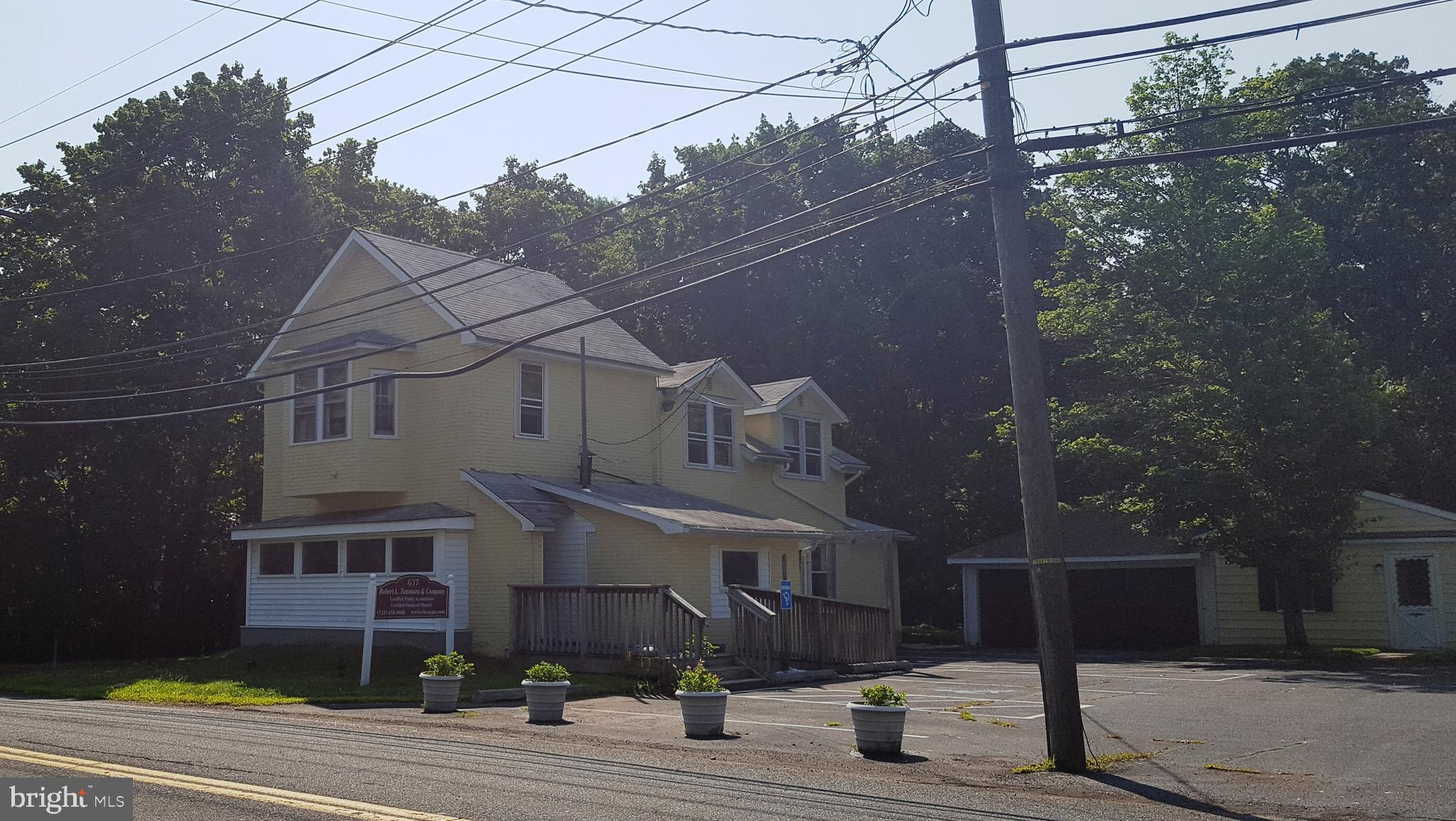 637 RIDGE ROAD, MONMOUTH JUNCTION, NJ 08852