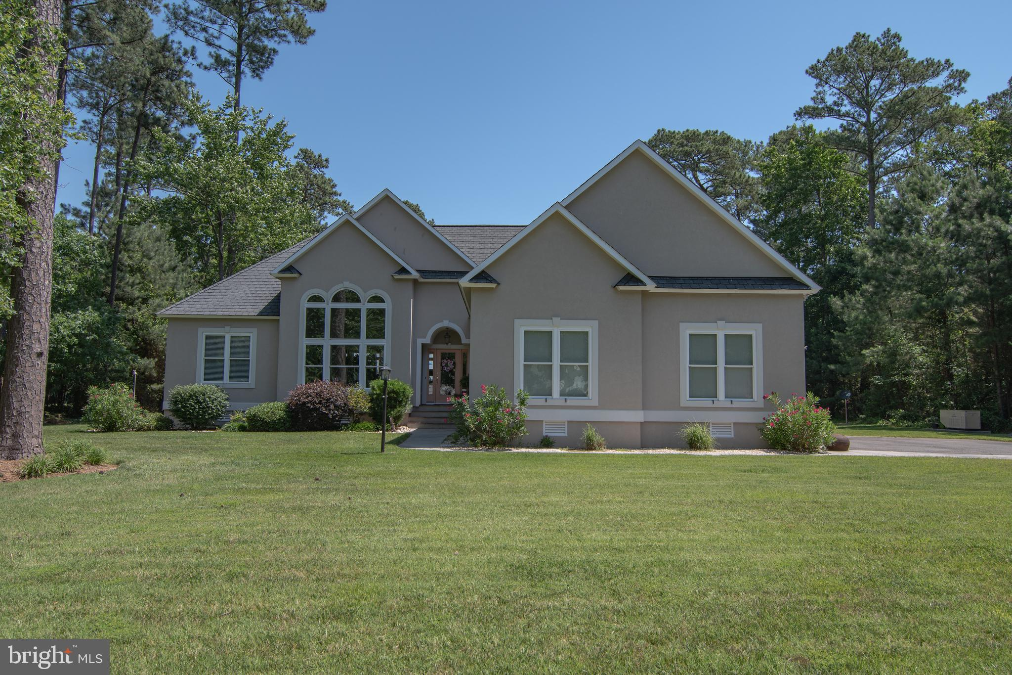 31 KILMER POINT, URBANNA, VA 23175
