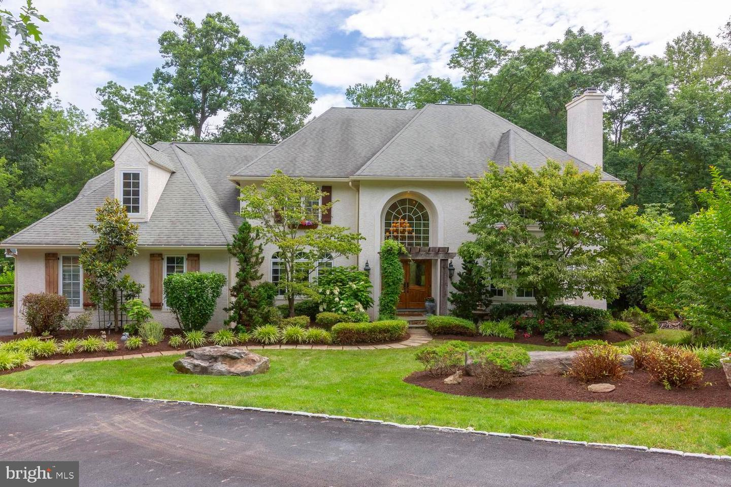 3519 Runnymeade Drive Newtown Square, PA 19073