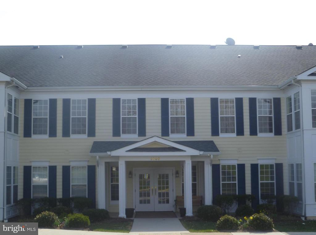 One of Fauquier County 2 Bedroom Homes for Sale at 6696  CLUB HOUSE LANE  206