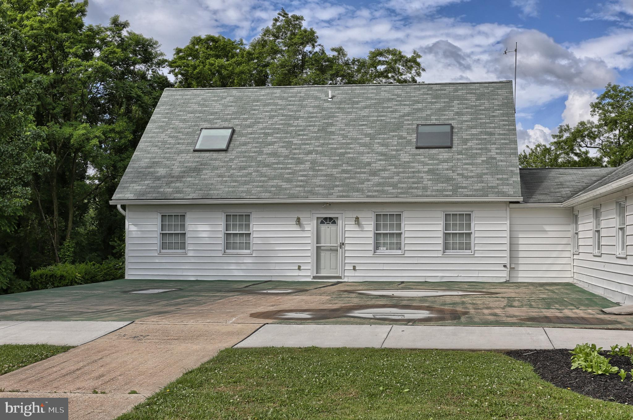 2400 RIVER ROAD, MIDDLETOWN, PA 17057