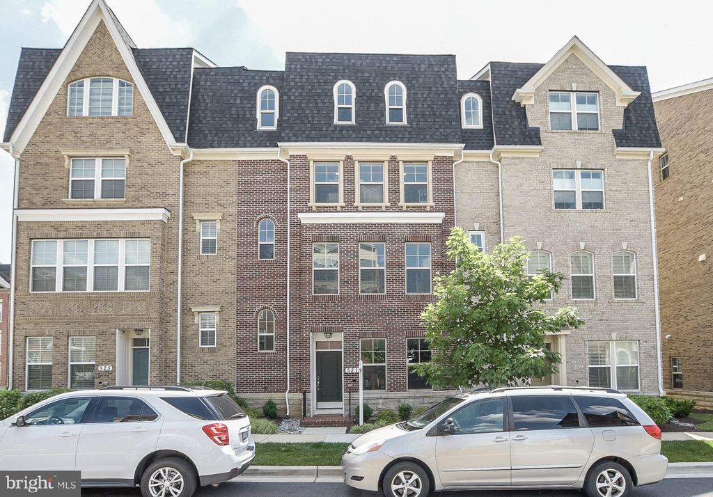 521  HENDRIX AVENUE, Gaithersburg, Maryland