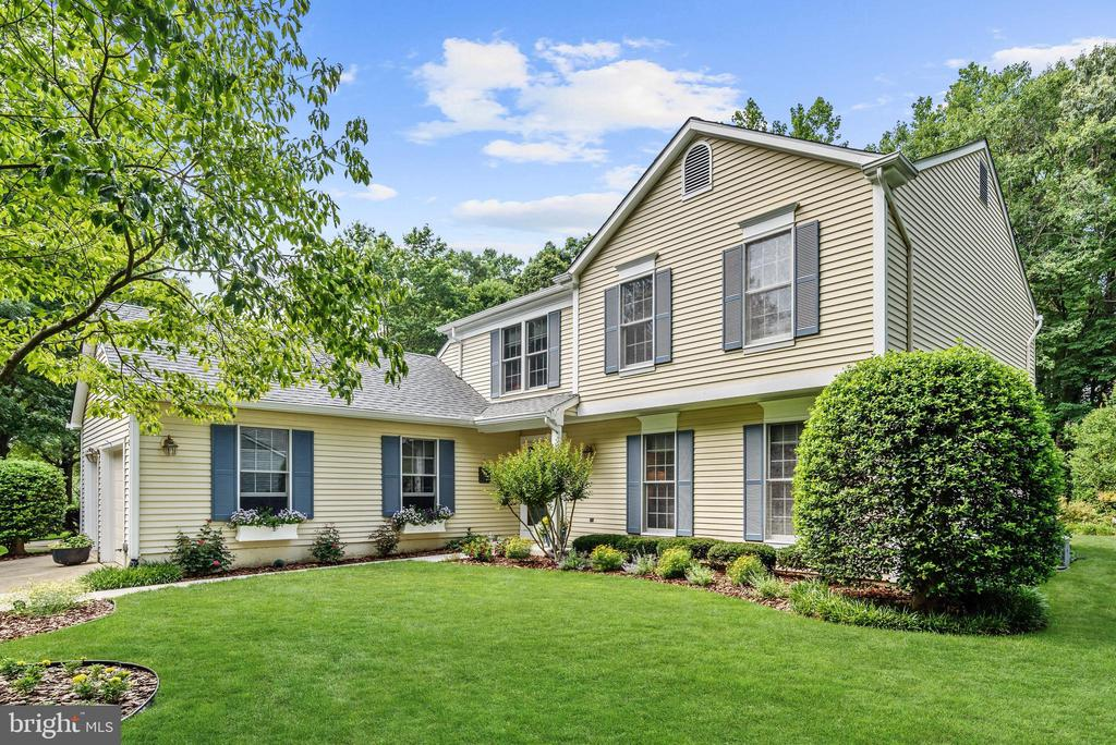 212  AUTUMN CHASE DRIVE, Annapolis, Maryland