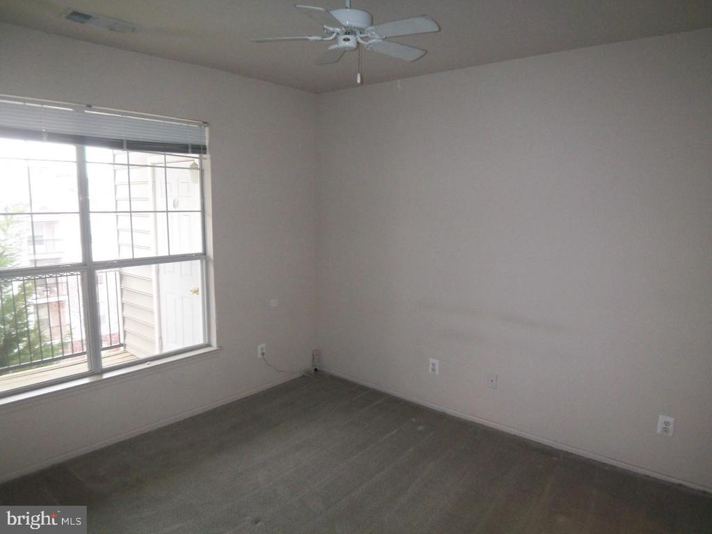 Photo of 1530 Spring Gate Ln #9412