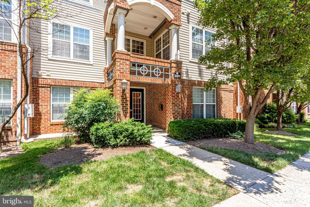 3009  NICOSH CIRCLE  4310, Falls Church, Virginia