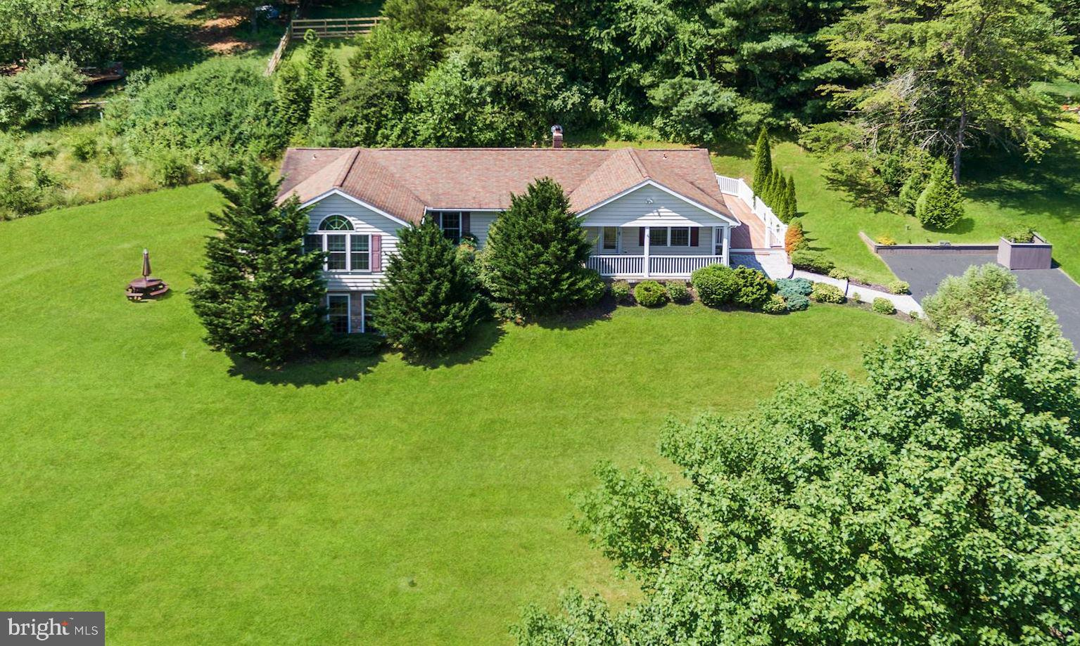 305 WATERVIEW COURT, HAMPSTEAD, MD 21074