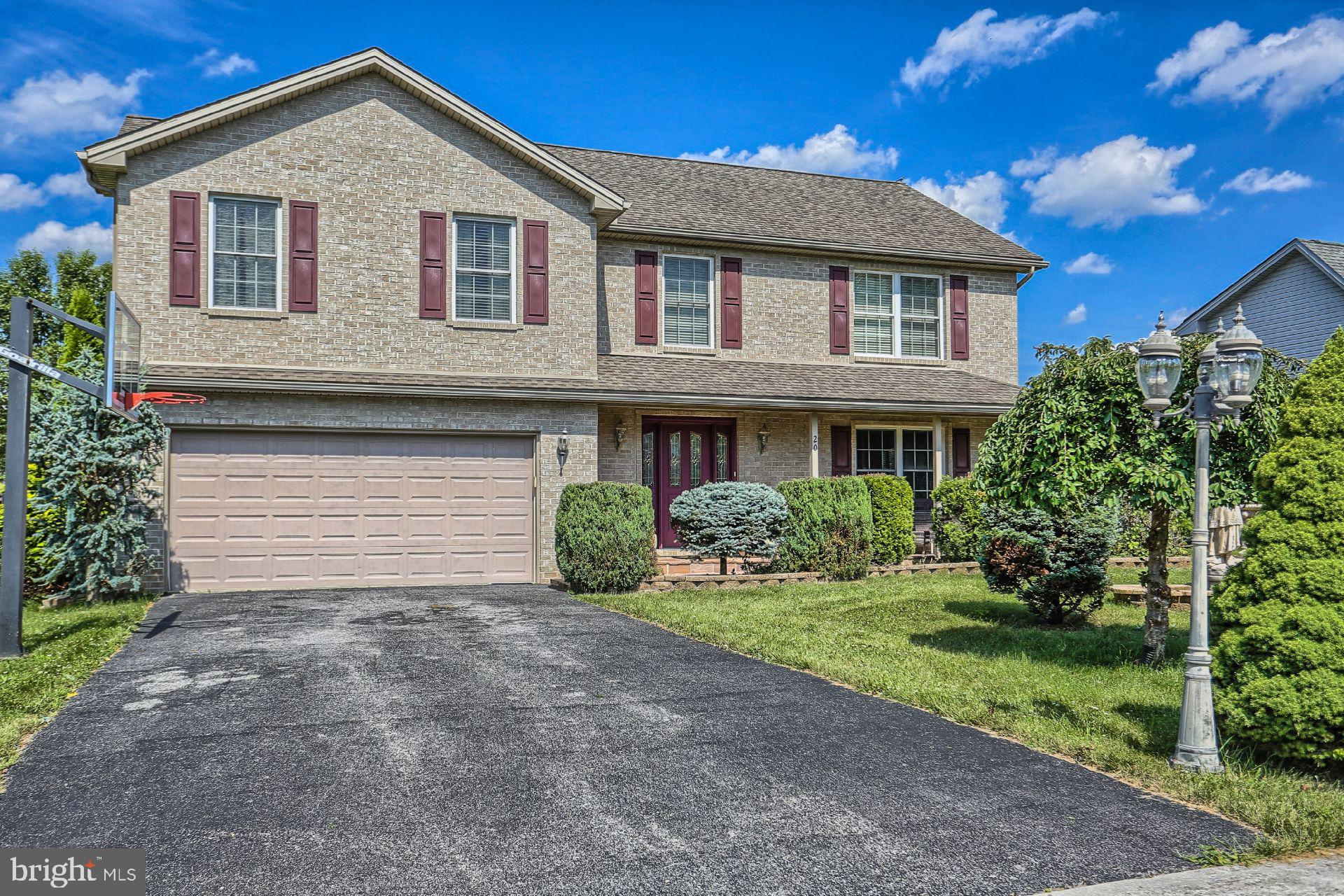 20 Westgate Dr. WESTGATE, MOUNT HOLLY SPRINGS, PA 17065