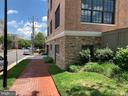 521 N Washington St #001
