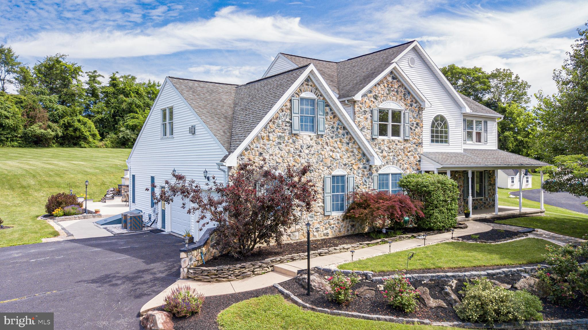 45 RIVERVIEW DRIVE, EASTON, PA 18042