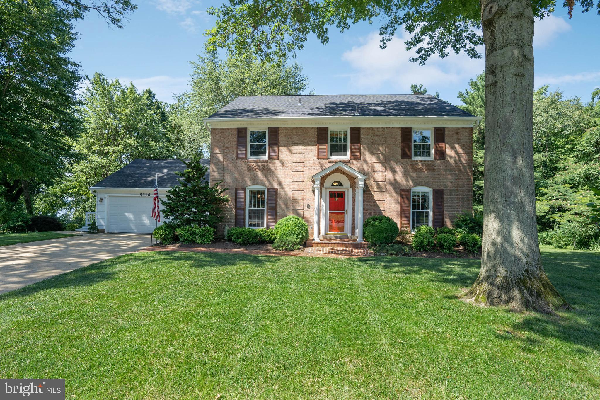Totally unique location. One of the few area properties that provides direct Potomac river views. Enjoy the same sweeping river views that George Washington did from Mt. Vernon Estate which is just upriver from this special property!  Other special features include: beautifully manicured grounds backing to private parkland with community path leading to river. The home is an attractive three level colonial featuring 3 levels, 4 bedrooms on upper level, bright white kitchen, two car garage, walk out lower level and large deck providing elevatd  private views of woods and river. A true natural wonderland!