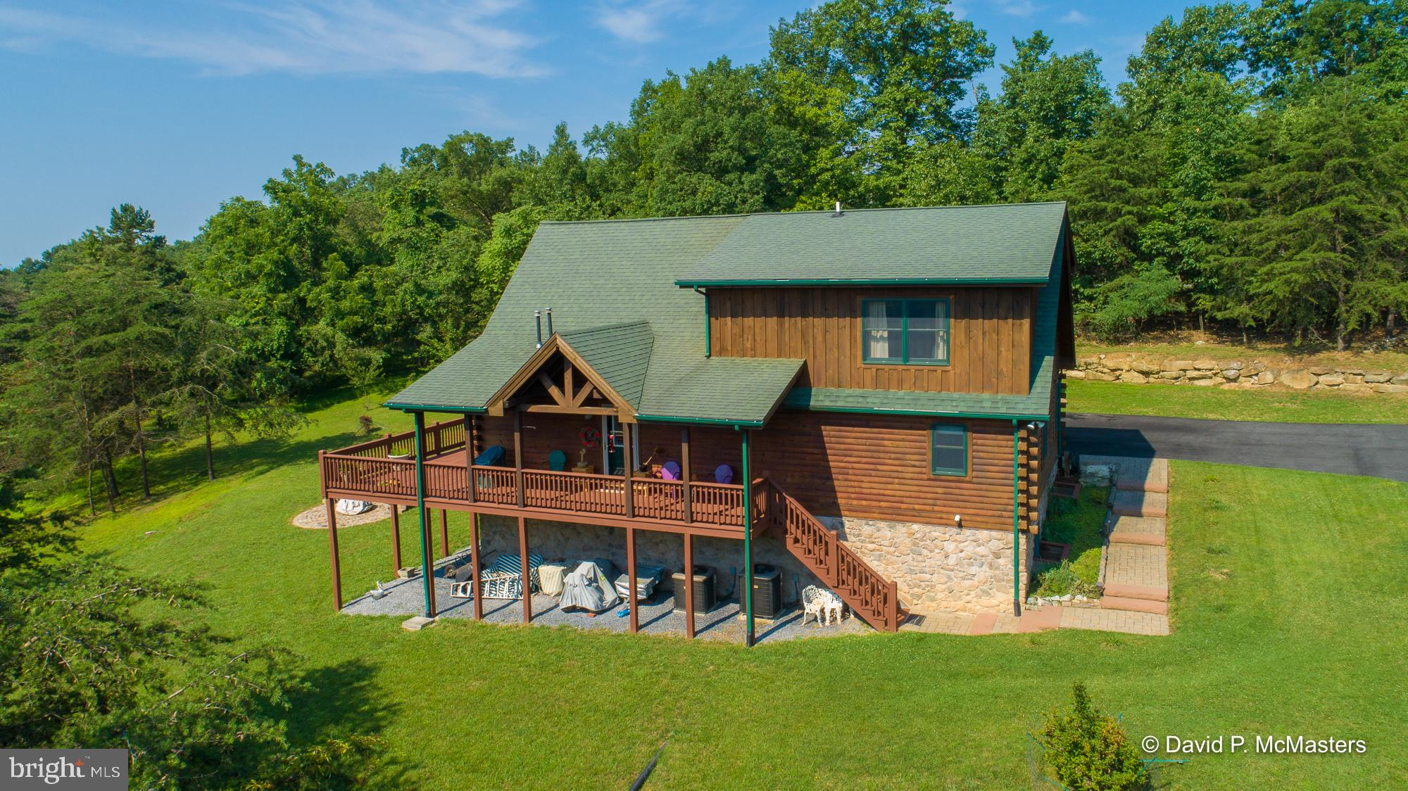 122 TURQUOISE DRIVE, HEDGESVILLE, WV 25427