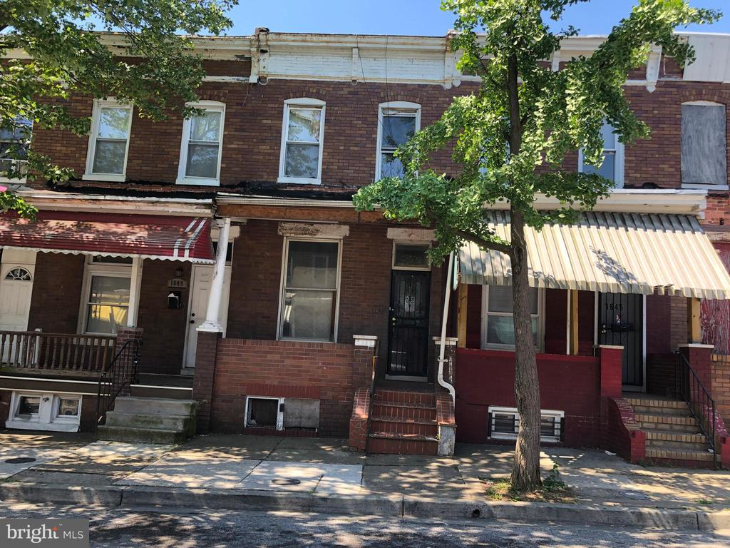 ONLINE ONLY AUCTION: Bidding begins 8/20 @ 10:00 AM. Bidding ends 8/28 @ 3:40 PM.  List Price is Suggested Opening Bid. 2 Story Townhome in Darley. Property is vacant. 10% Buyer's Premium or $1,000, whichever is greater. Deposit $2,000. For full Terms and Conditions contact auctioneer's office.