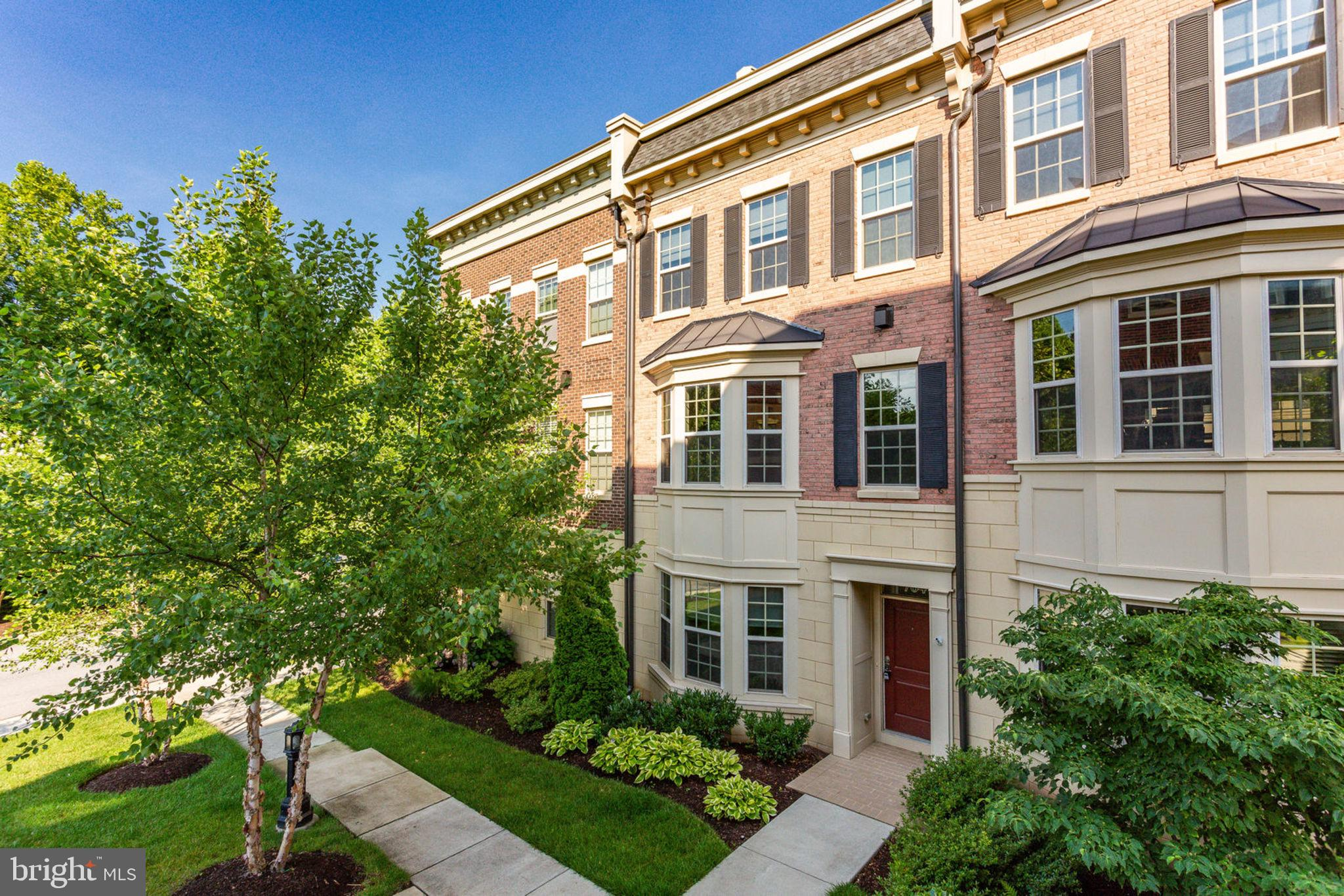 704 QUAYSIDE COURT 99, OXON HILL, MD 20745