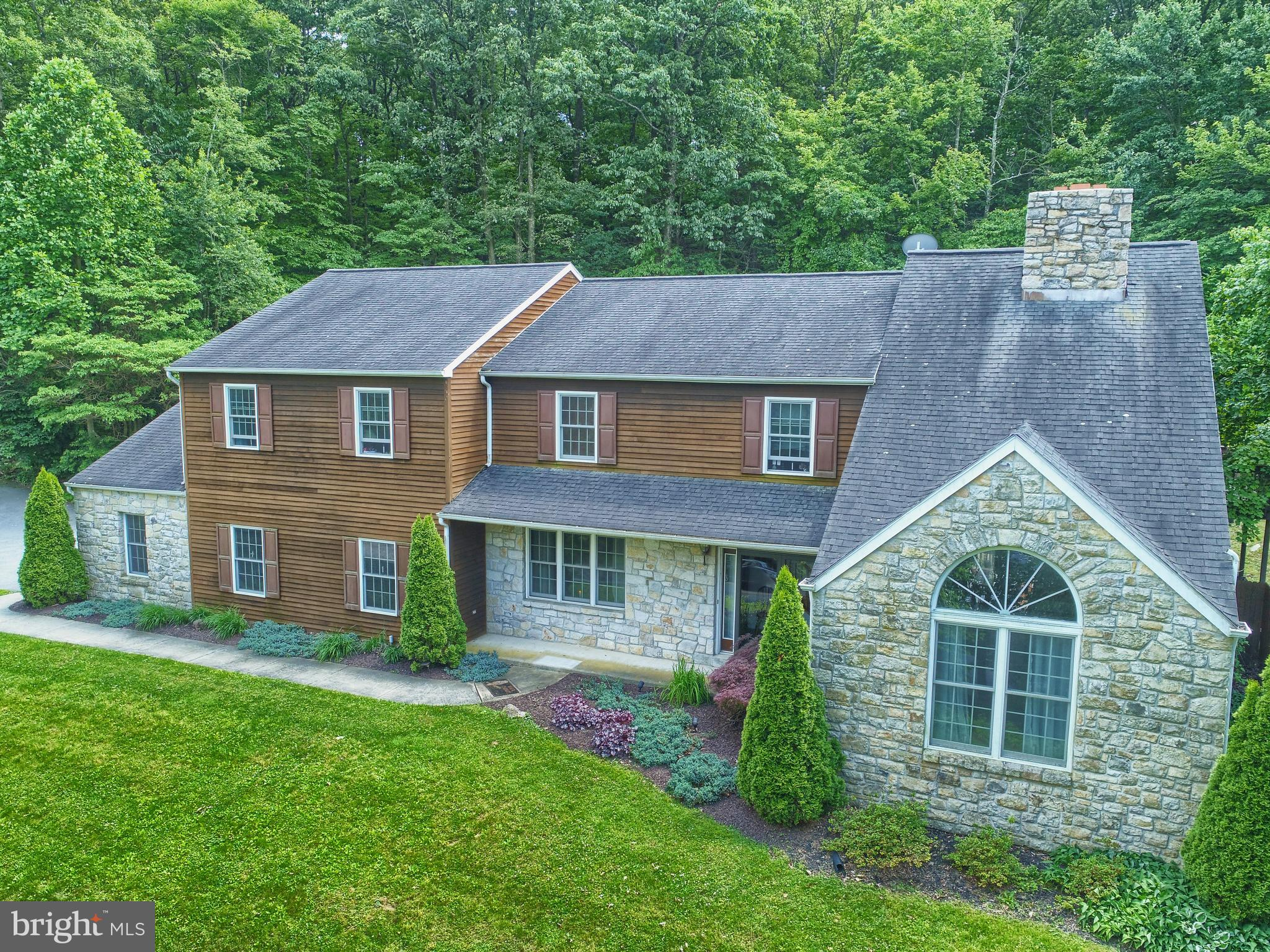 1185 MORGANTOWN ROAD, MORGANTOWN, PA 19543