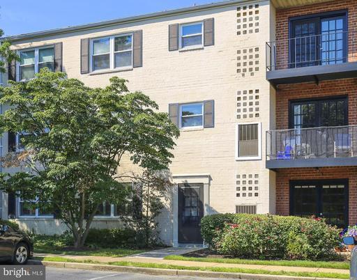 420 N Armistead St #101, Alexandria, VA 22312
