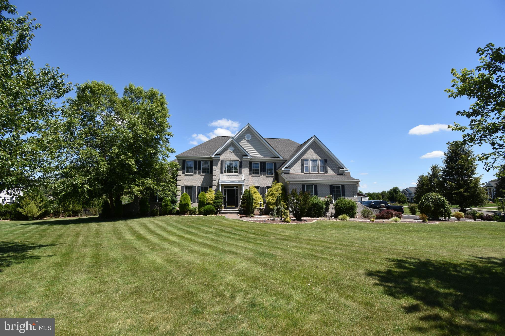 4 ALDERBERRY COURT, IVYLAND, PA 18974