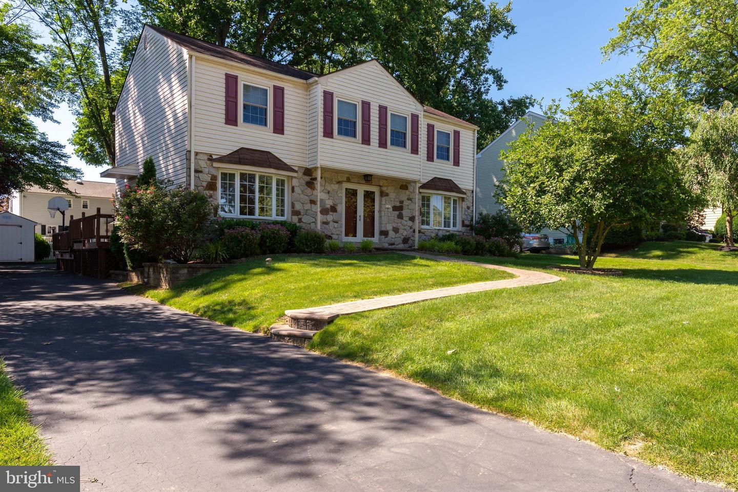39 Old State Road Springfield, PA 19064