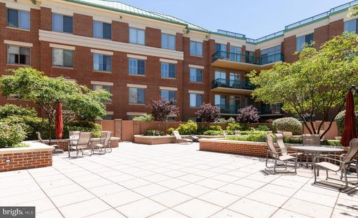 1450 Emerson Ave #103, McLean 22101