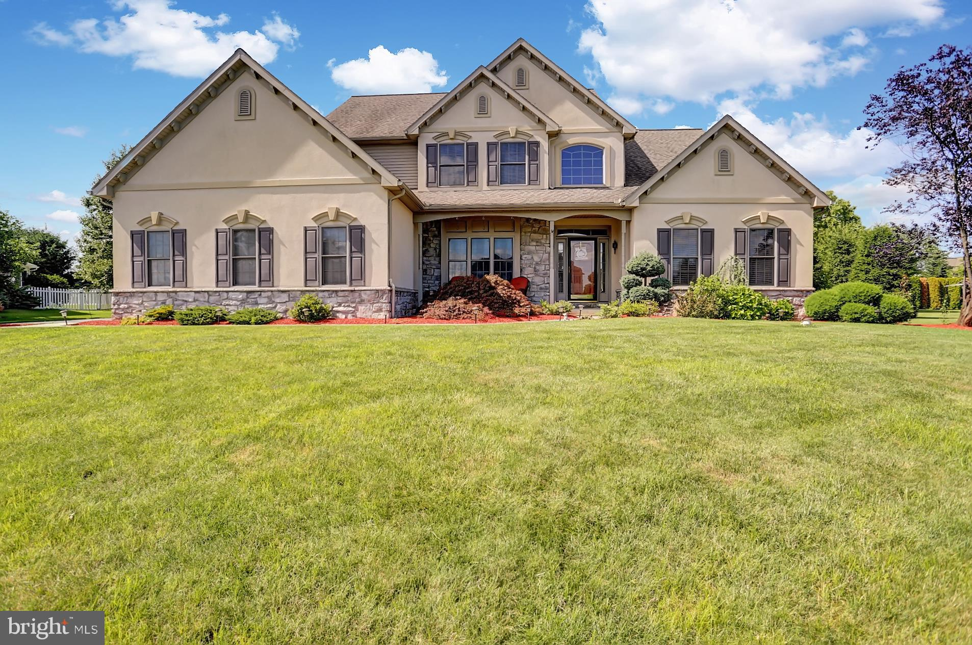 3 HOMESTEAD CIRCLE, MYERSTOWN, PA 17067